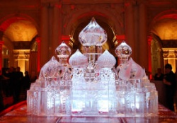 russian palace 9 ice carving.JPG