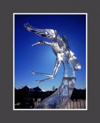 yellow knife ice carving 13.JPG